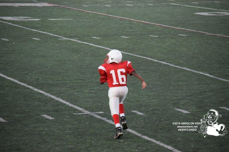Freshman Football: Atoms move to 2-0 with a big home win over Falls Church