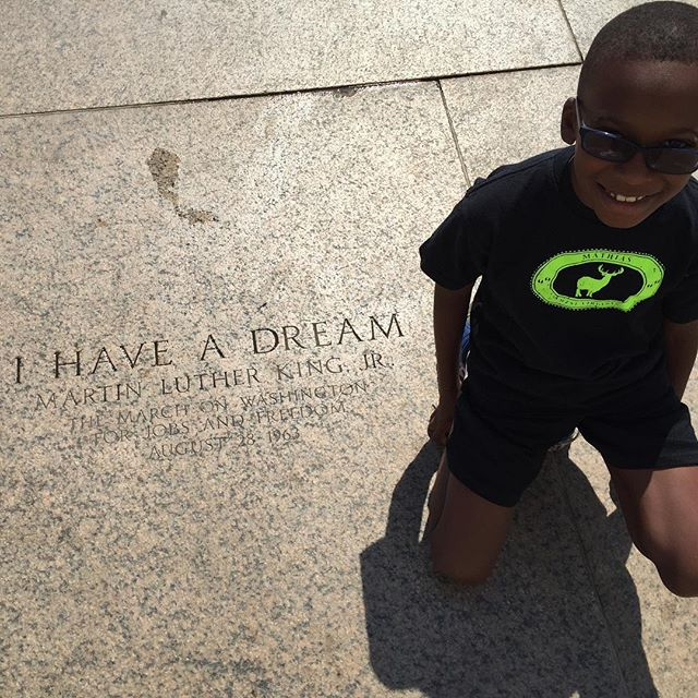 Little Kent 2 on the steps of the Lincoln Memorial.
