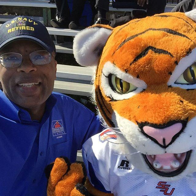 Hanging with the SSU Tiger